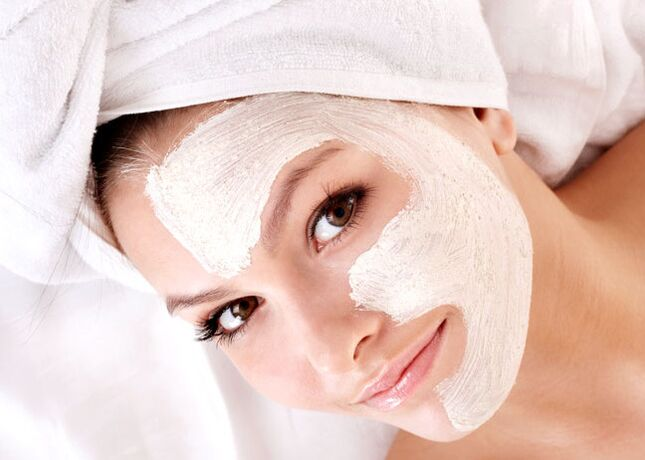 clay mask for rejuvenation